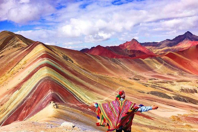 Full-Day Tour and Hike to Rainbow Mountain from Cusco, Peru