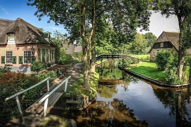 Giethoorn & the New Polders: Day Tour from Amsterdam