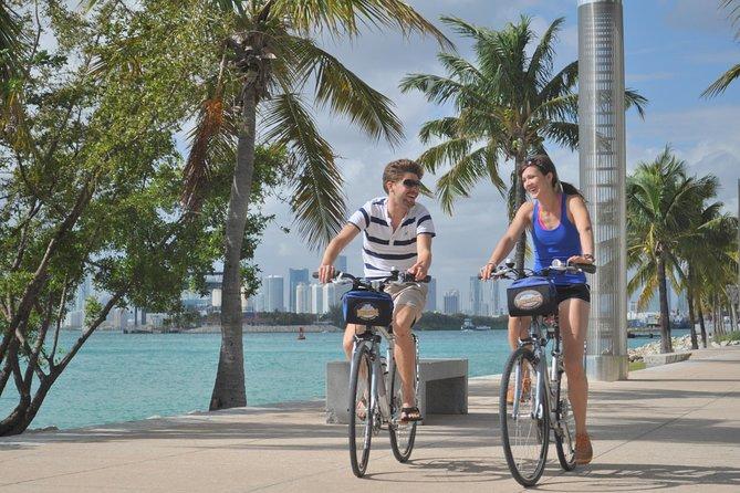 Recorrido en bicicleta por Miami Beach con recorrido en kayak opcional
