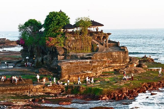 Beautiful Tanah Lot and Uluwatu Temple Sunset Tour