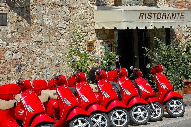 Tour panoramico di Firenze in Vespa e tempo libero a Pisa da Livorno