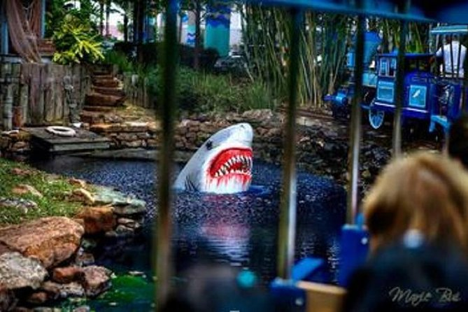 Houston City Tour & All Rides Pass at Downtown Aquarium