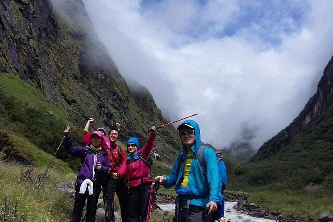 A perfect 13 days hiking tour to Annapurna Base Camp via Ghorepani and Poon Hill