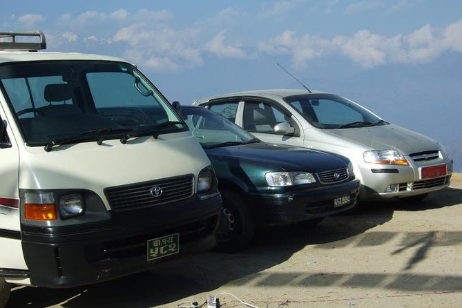 Private car transfer from Kathmandu Airport to hotels in Kathmandu
