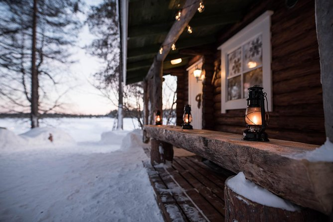 Traditional Lappish evening in the wilderness with dinner
