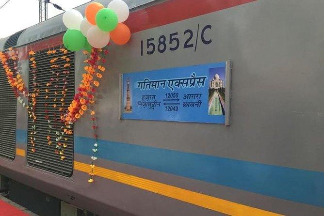Full Day Taj Mahal & Agra Tour from Delhi by Express Train