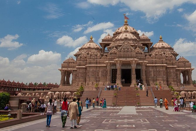 5 Days Golden Triangle Tour with Akshardham Temple