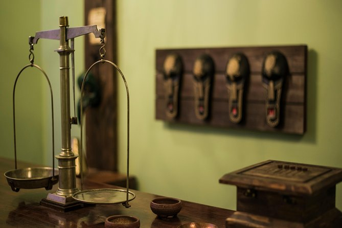 1-Hour Voodoo Escape Room Experience in San Diego