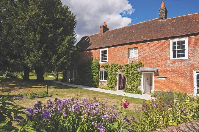 Jane Austen's House Museum and Historic Winchester: Private Tour from London