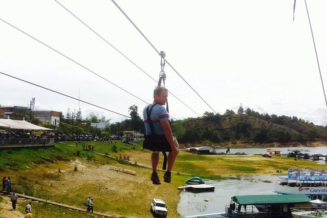 Medellin City Tour Including Zip Lines and Food Tasting