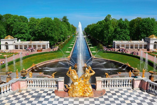 Private Tour to Peterhof Park and Catherine's Palace & Amber Room