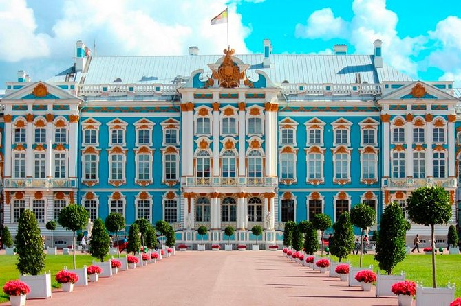 Skip-the-Line Tour of Winter Palace (Hermitage) & Catherine's Palace