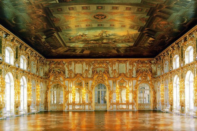 2-day Private Tour of St Petersburg - Imperial Palaces & Summer Estates
