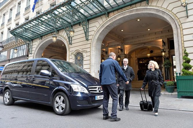 Departure Private Transfer from Paris and Paris suburb to Paris Charles de Gaulle (CDG) Airport