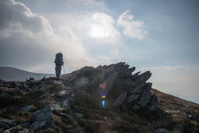 Walking to Pikuy Mount
