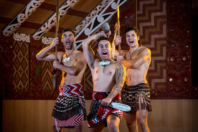 Skip the Line:Te Puia Maori Arts & Crafts Institute w/Optional Cultural Show