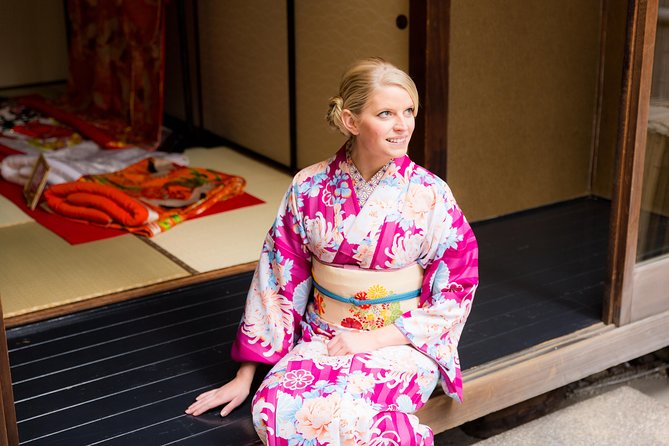 Kimono Rental in a Japanese Traditional House