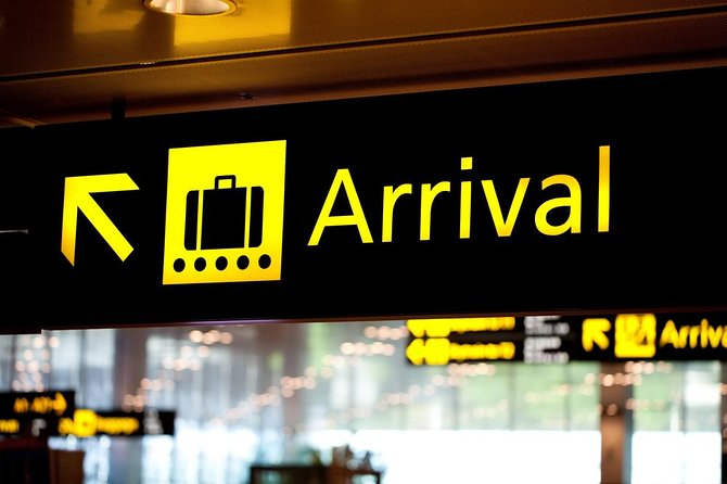 Arrival Shuttle Bus Transfers from Malta Airport to Your Hotel in Malta