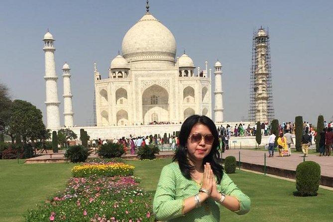 Um dia Taj Mahal Agra Tour com Fatehpur Sikri incluindo almoço