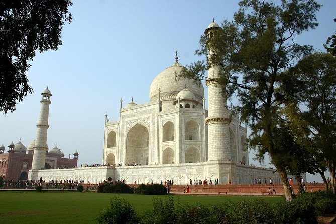 4 Days Golden Triangle Tour by AC Transport