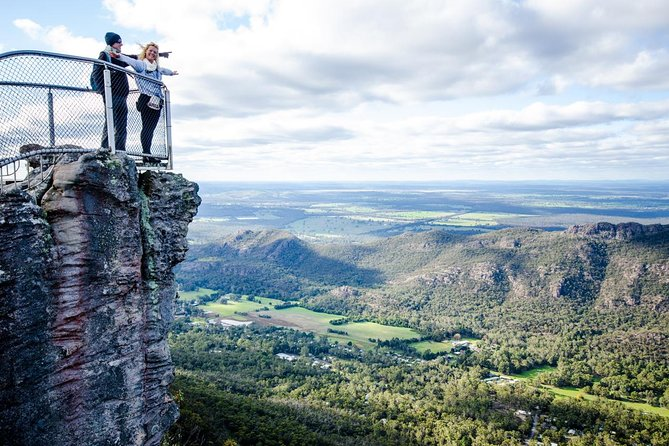 3-Day Melbourne to Adelaide Small-Group Tour via Great Ocean Road Grampians