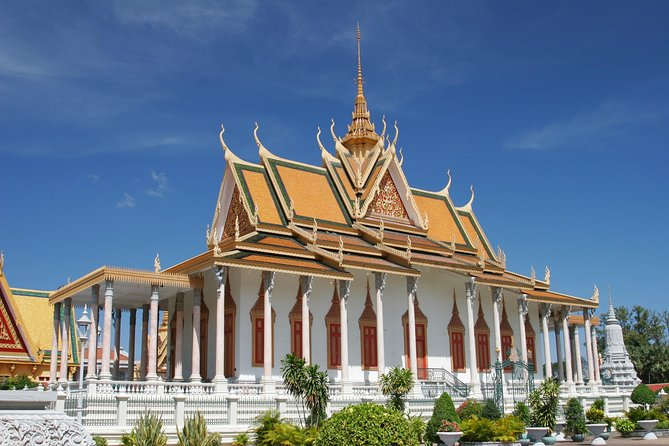 Half-Day Small-Group Guided Tour of Phnom Penh