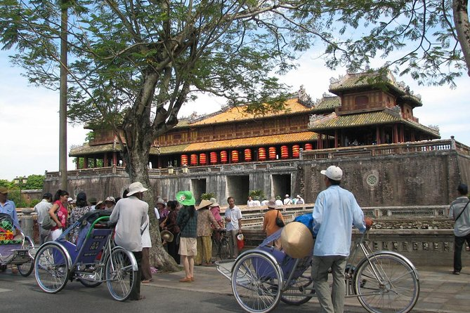 Private Tour: Half-Day Hue City Discovery by Cyclo