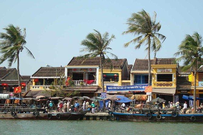 Half-Day Boat Trip on Thu Bon River to Handicraft Villages