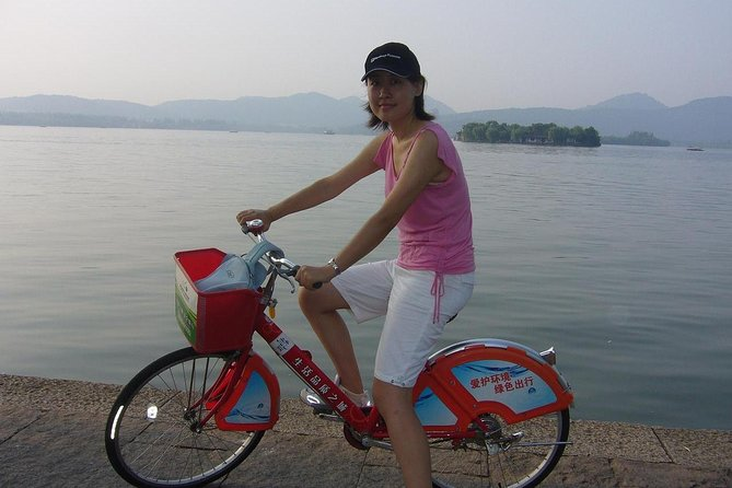 Tour en bicicleta en Hangzhou: viaje de un día al cielo en la tierra desde Shanghai