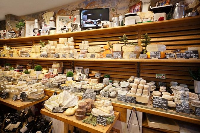 Paris Marché d'Aligre Small-Group Walking Tour with Chocolate & Cheese Tasting
