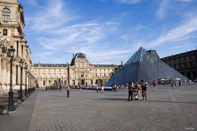 Paris Louvre Museum Must-See Skip-the-Line Private & Tailored Guided Tour