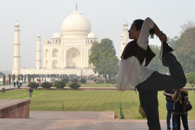 Same Day Taj Mahal Tour with Lunch
