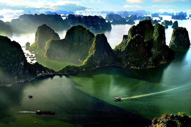 Halong Bay Full Day Tour - 6 Hours on Deluxe Cruise: Kayaking, Swimming, Hiking