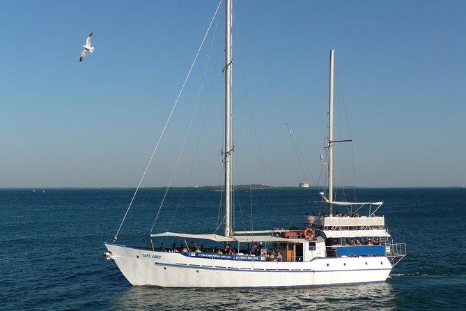 Darwin Sunset Dinner Cruise en Cape Adieu