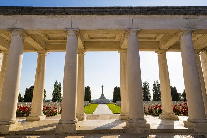 Privétour vanuit Brussel: Canadese slagvelden waaronder Thiepval Memorial, Beaumont-Hamel, de heuvelrug van Vimy en de Last Post-ceremonie in Ieper