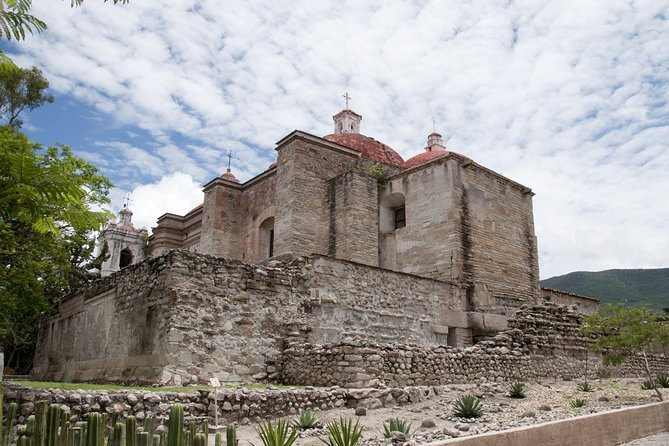 Day Trip to Mitla, Tule, Mezcal, Teotitlan and Hierve el Agua