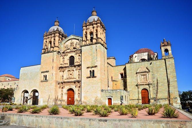 Oaxaca City Sightseeing Tour: Temple of Santo Domingo de Guzman, Oaxaca Regional Museum and Benito Juarez Market