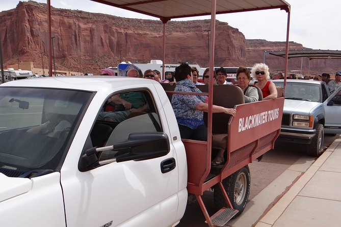 Blackwater Tours - 1.5 Hour Vehicle Tour of Monument Valley