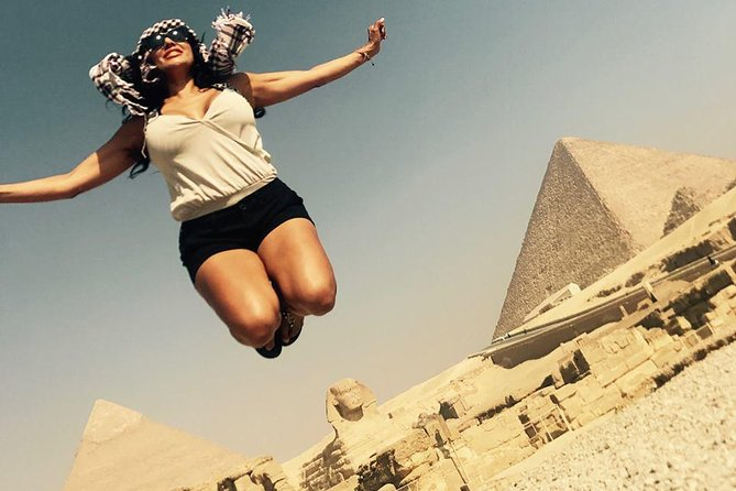 Giza pyramids, Sphinx, Sakkara and Memphis private tour