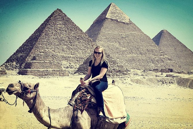guided tour to Giza pyramids,sphinx and camel ride from cairo giza hotels