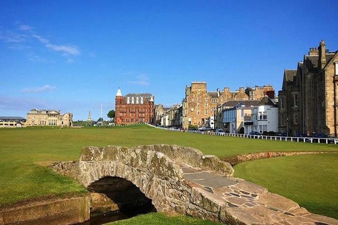 Edinburgh City Centre and St Andrews Private Driving Day Tour