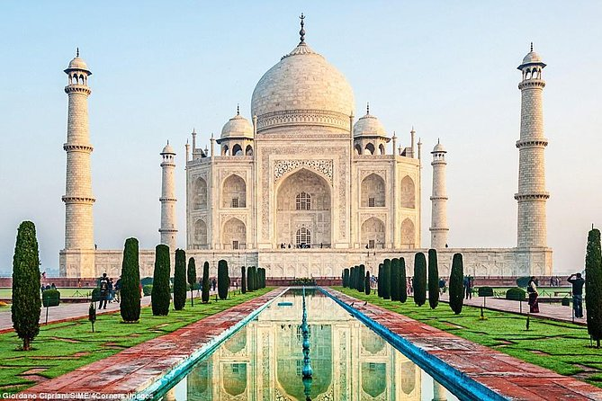 1 Day Trip To Agra From Delhi by Supper Fast Train