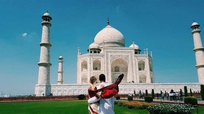 Same Day Taj Mahal Tour By Gatiman Express Train With Local Tour Guide