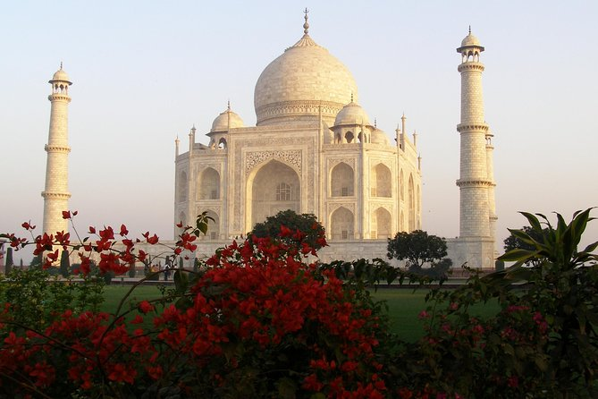 Taj Mahal Tour by Express Train from Delhi