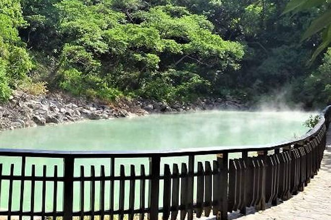 3-Hour Vegetarian Private Walking Tour - Visit Witches Home - Beitou