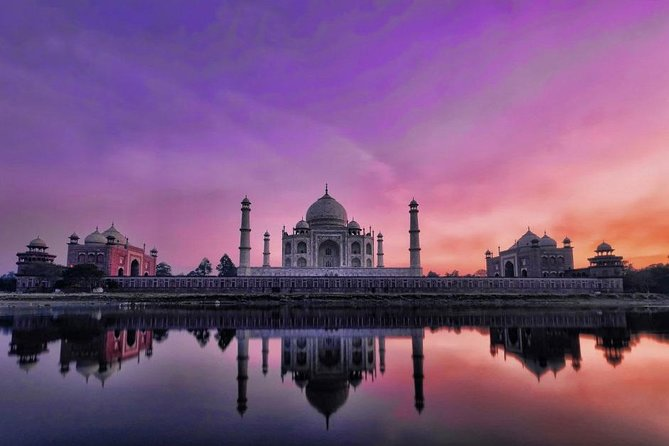 Private One Day Taj Mahal Tour by Gatimaan Express Train