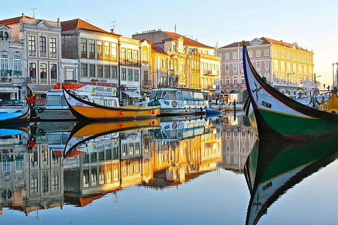 Aveiro and Costa Nova small-group half-day tour from Porto with river cruise