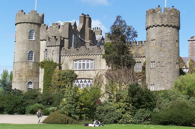 North Coast and Malahide Castle Day Tour from Dublin