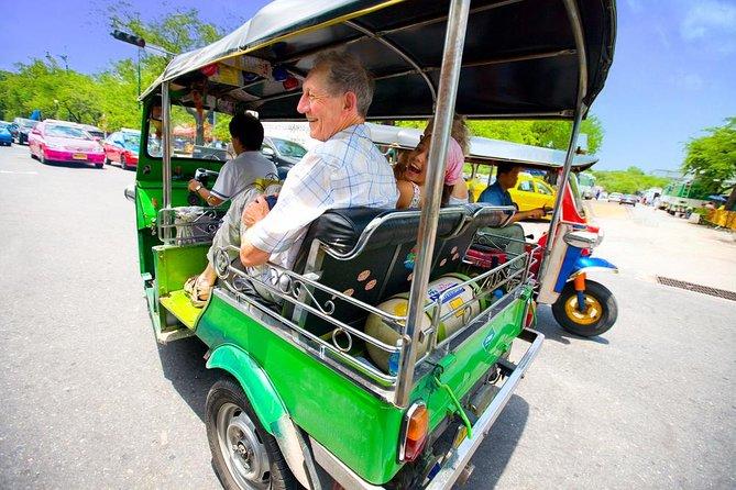 Bangkok Tuk Tuk Walking & Temples Tour With Wat Arun, Wat Pho & Wat Traimit