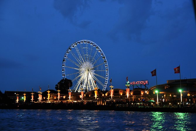 Bangkok by Night: Private Food, Drink and Shopping Tour